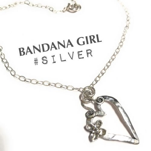 A new silver heart necklace! So sweet  heartjewelry valentinesdayhellip